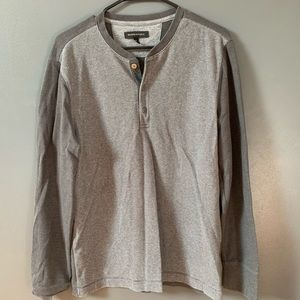 Two tone waffle knit thermal henley